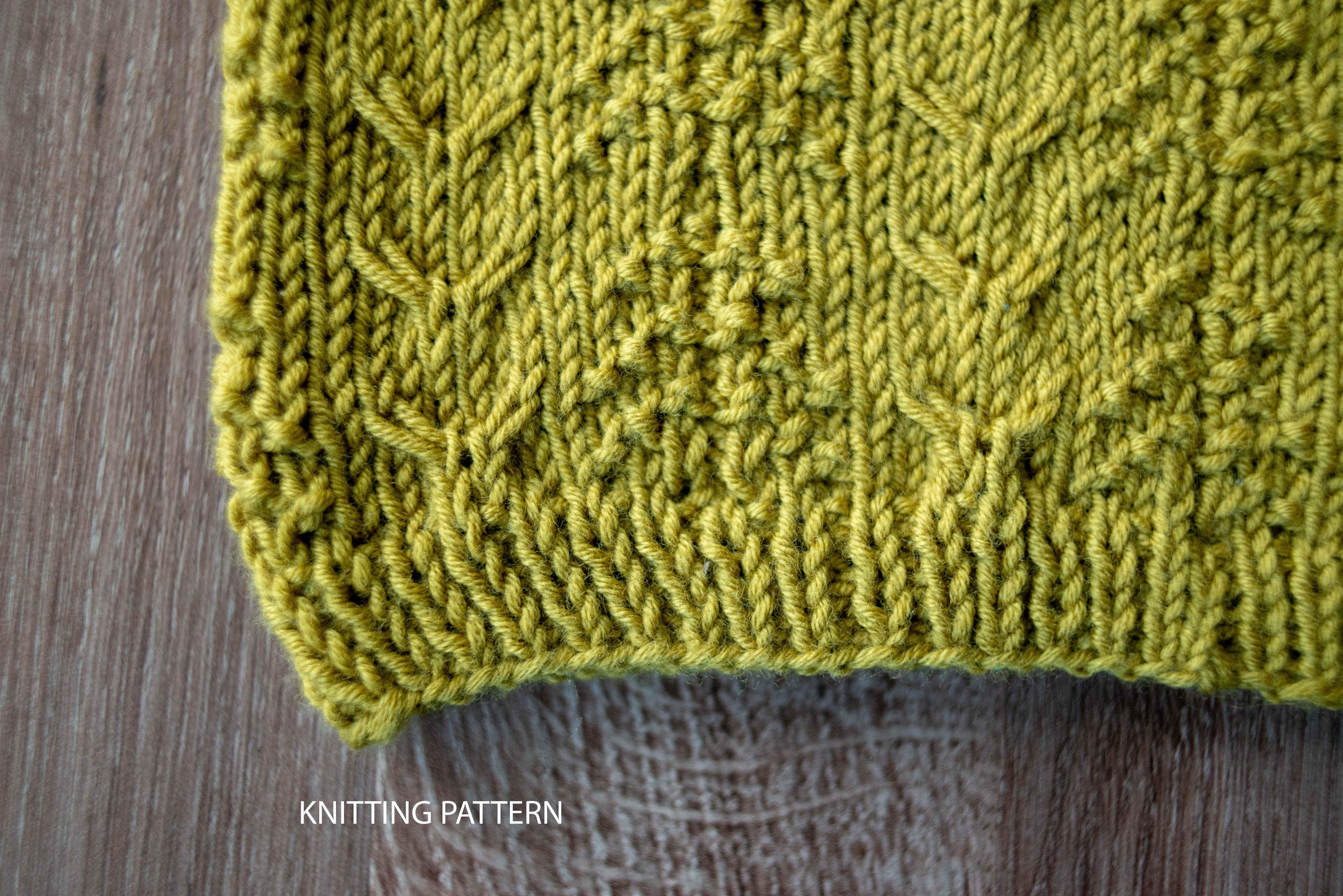 Елени в гората – модел за плетене на шал яка